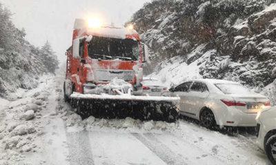Antalya-Konya karayolunda yüzlerce sürücü yolda kaldı!