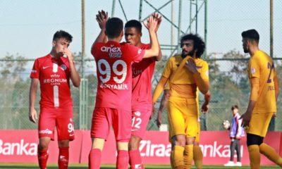Eyüpspor ile 2-2 berabere kalan Antalyaspor tur atladı