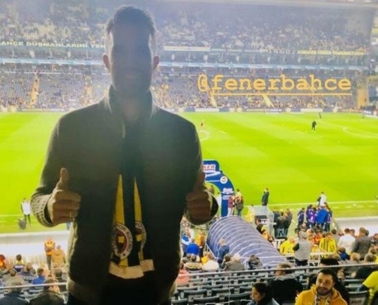Fenerbahçe - Beşiktaş derbisinde Robin van Persie sürprizi