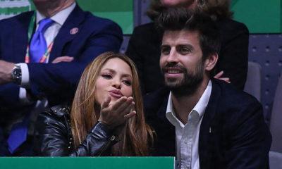 Barcelona derbisinde ahlaksızlık! Maç boyunca Pique ve Shakira'ya…