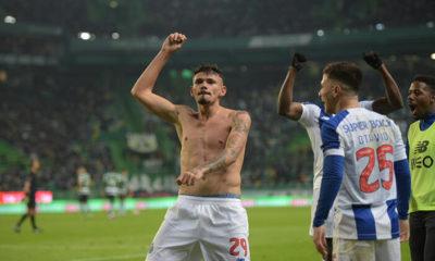Sporting Lizbon, Portekiz liginde Porto'ya kaybetti
