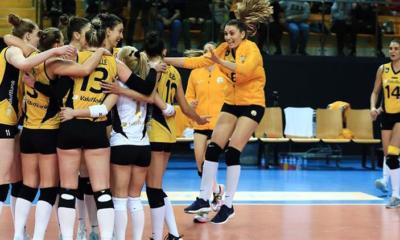 VakıfBank, Fenerbahçe'yi devirdi ve liderliğini sürdürdü