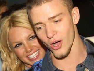 Britney Spears, Justin Timberlake'in şarkısıyla dans etti