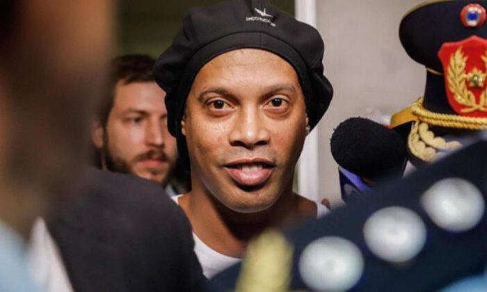 Ev hapsindeki Ronaldinho'dan özel istek