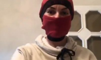 İpek Tanrıyar, erkek boxerından maske yaptı