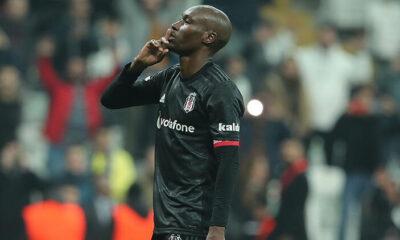 Beşiktaşlı futbolcu Atiba Hutchinson'dan sağlık çalışanlarına teşekkür mesajı