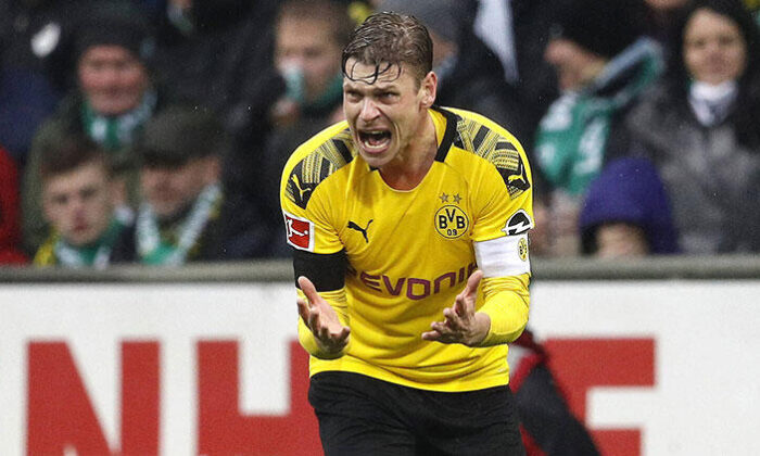 Borussia Dortmund'la sözleşmesini uzatan Piszczek, gelecek sezon sonunda futbolu bırakacak
