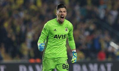 Fenerbahçeli Altay Bayındır'a Sheffield United kancası