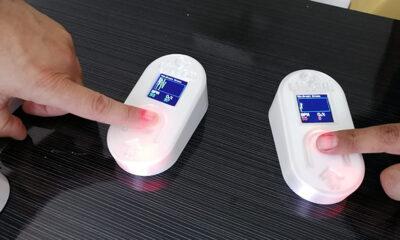 Kandaki oksijen ve nabzı ölçen oksimetre üretti