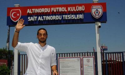 Son Dakika | Trabzonspor'un yeni kalecisi Muhammet Taha Tepe yola çıktı!