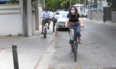 Alina Boz ve Mithat Can Özer arabayı bıraktı