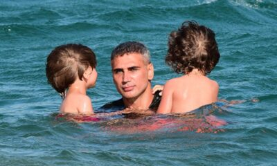 Doğuş, çocuklarıyla tatilde