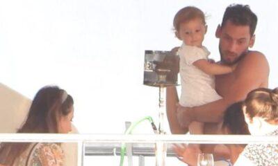 Hakan Çalhanoğlu ve eşi Sinem Çalhanoğlu tatilde