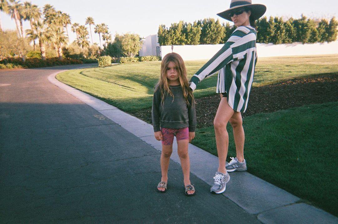 Kourtney Kardashian, oğlunun saçlarını kestirdi