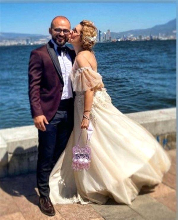 Oyuncu Gözde Çığacı ve Tümer Gülümserler evlendi