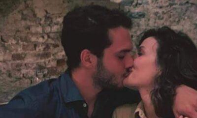 Büşra Develi'ye doğum günü öpücüğü