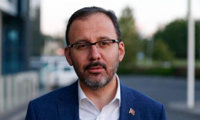 Bakan Kasapoğlu: 'Üniversiteler açıldığında yurtlar öğrencilere devredilecek'