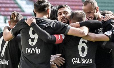 2. Lig Beyaz Grup'ta Manisa FK farklı açtı, Hekimoğlu Trabzon seriyi dört maça çıkardı