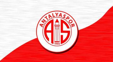 Antalyasporlu Naldo: Trabzonspor'dan teklif aldım, gelmeden önce Josef'le konuştum...