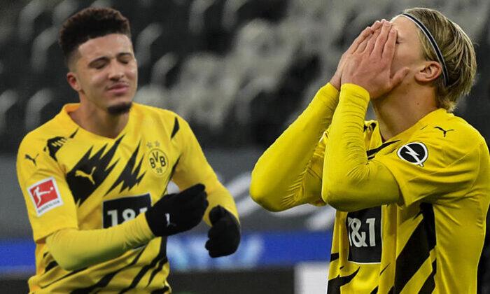 Borussia Dortmund deplasmanda Borussia Mönchengladbach'a 4-2 yenildi