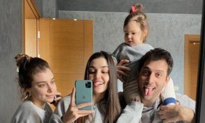 Hande Erçel'den aile fotoğrafı