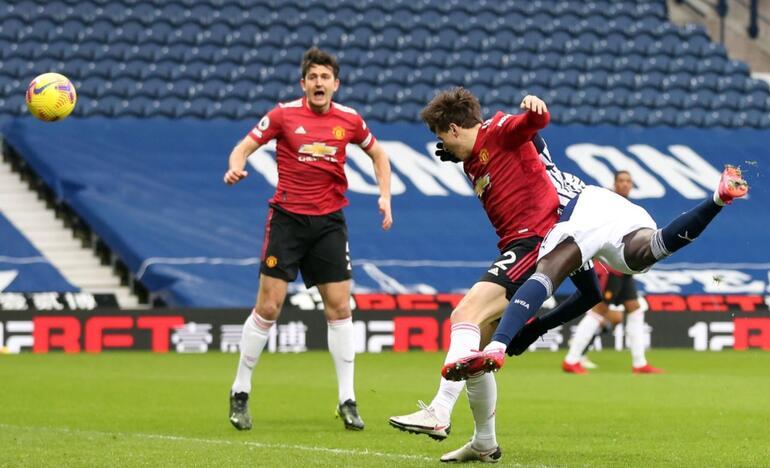 Mbaye Diagne, İngiltere'de ilk golünü Manchester United'a attı!