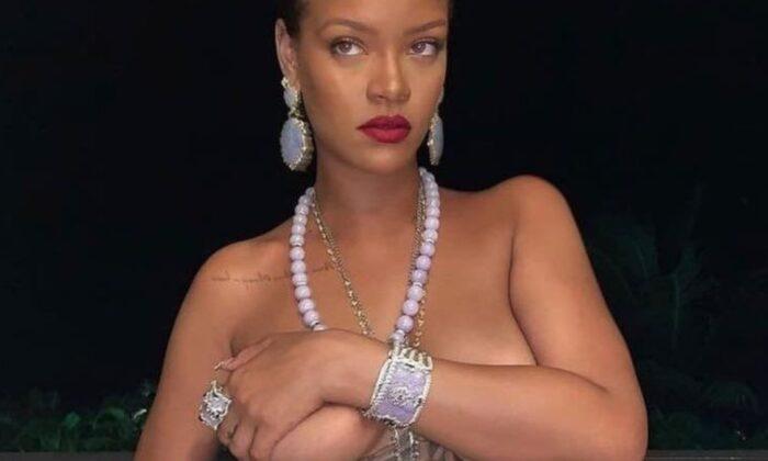 Rihanna'nın üstsüz paylaşımı diplomatik krize neden oldu