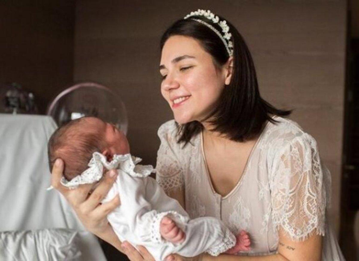 Buse Varol'dan üçüncü çocuk açıklaması