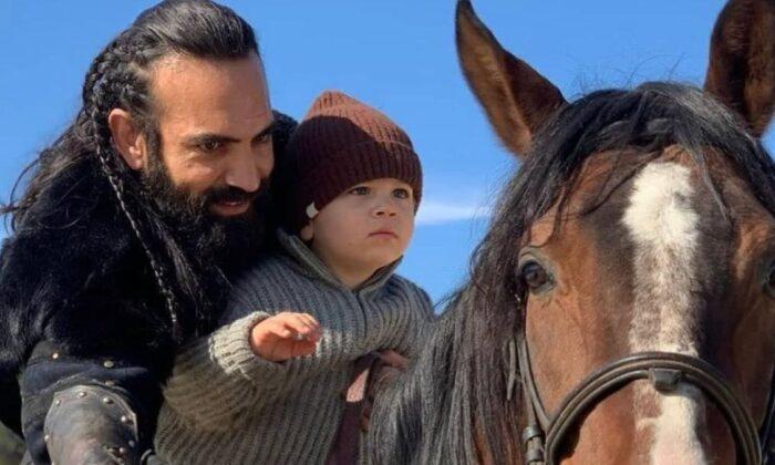 Eşinden Buğra Gülsoy'a: Umarım oğlumuz sana benzer