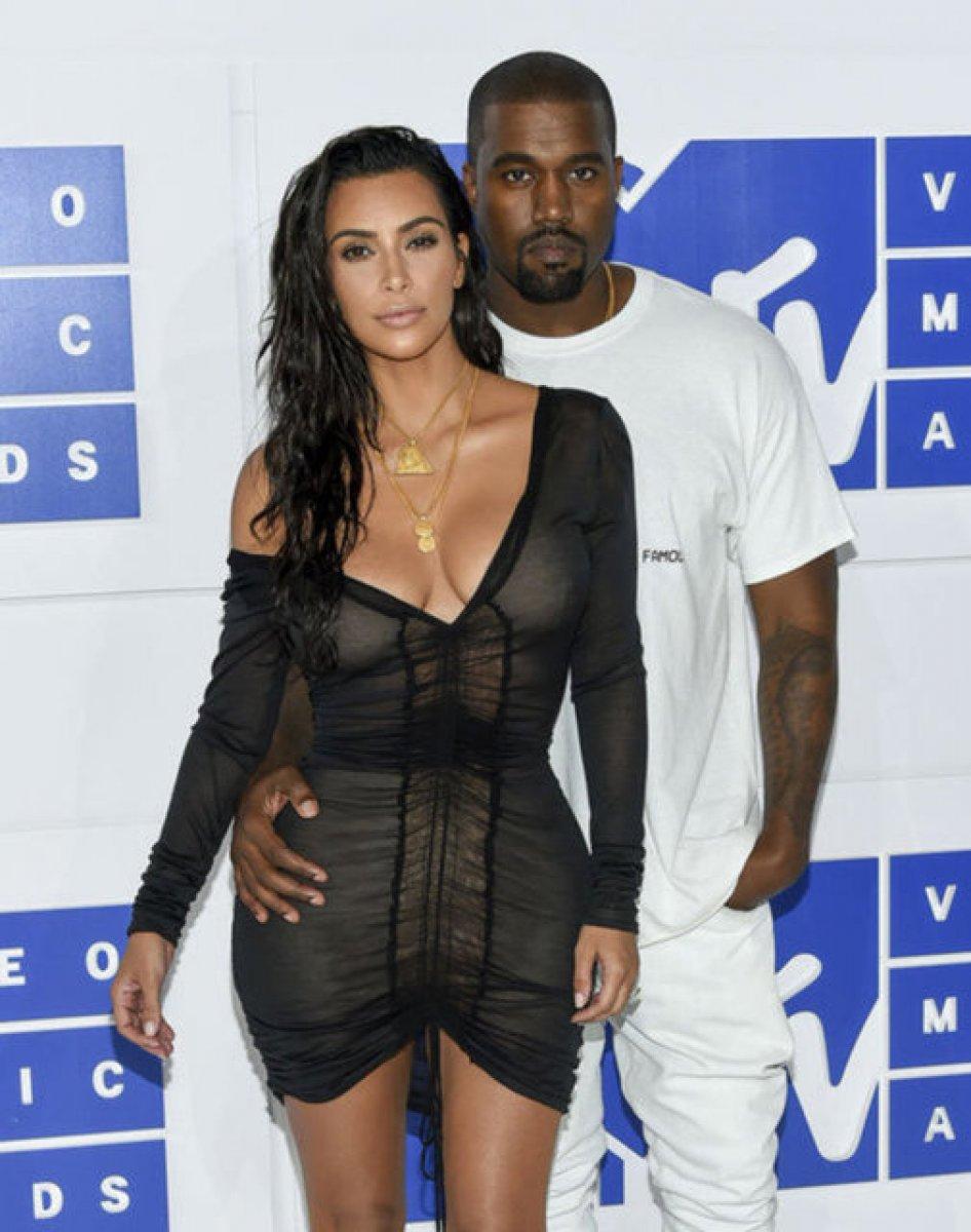 Kim Kardashian ile Kanye West in boşanma nedeni ortaya çıktı #1