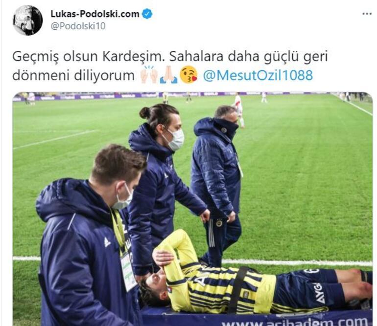 Lukas Podolskiden Mesut Özil için geçmiş olsun paylaşımı