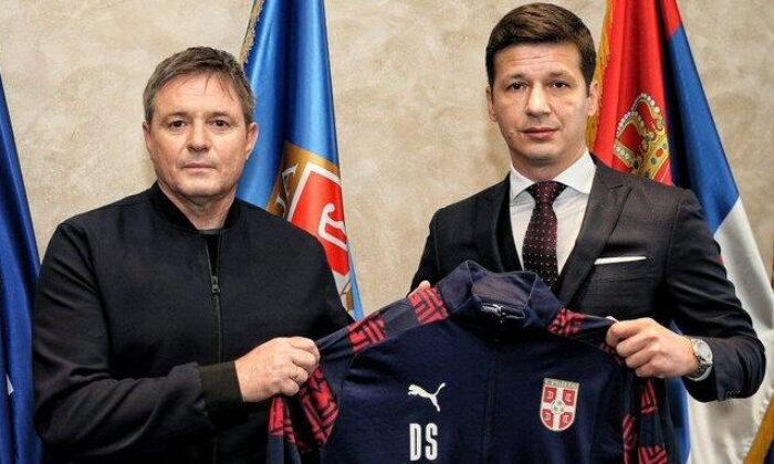 Sırbistan Milli Futbol Takımı, Dragan Stojkovic'e emanet