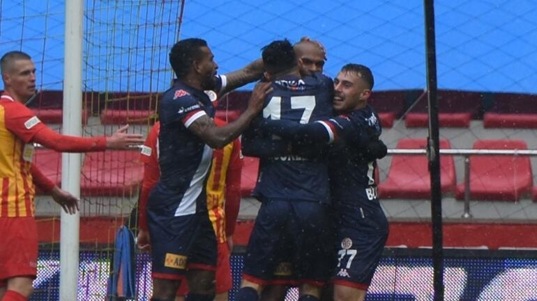 Antalyaspor, Süper Lig'de 13 oyuncudan gol katkısı aldı