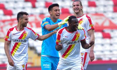 Antalyaspor 2 – 3 Göztepe (Maç özeti)
