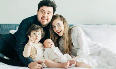Berfu-Eser Yenenler çiftinden aile fotoğrafı