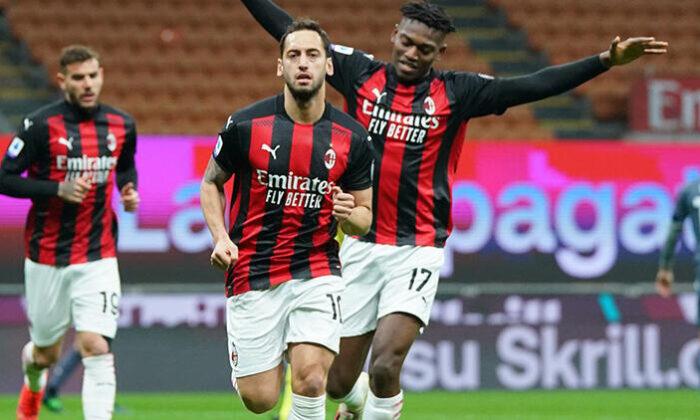 Milan Teknik Direktörü Pioli'den Hakan Çalhanoğlu'na övgü: Maksimum potansiyeline ulaşmadı