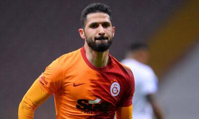 Son Dakika: Galatasaray'da Emre Akbaba'nın kaderi 80 dakikada değişti! Yeni sözleşme…